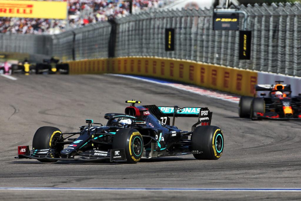 F1   Hamilton sbaglia, Bottas trionfa in Russia! Verstappen secondo
