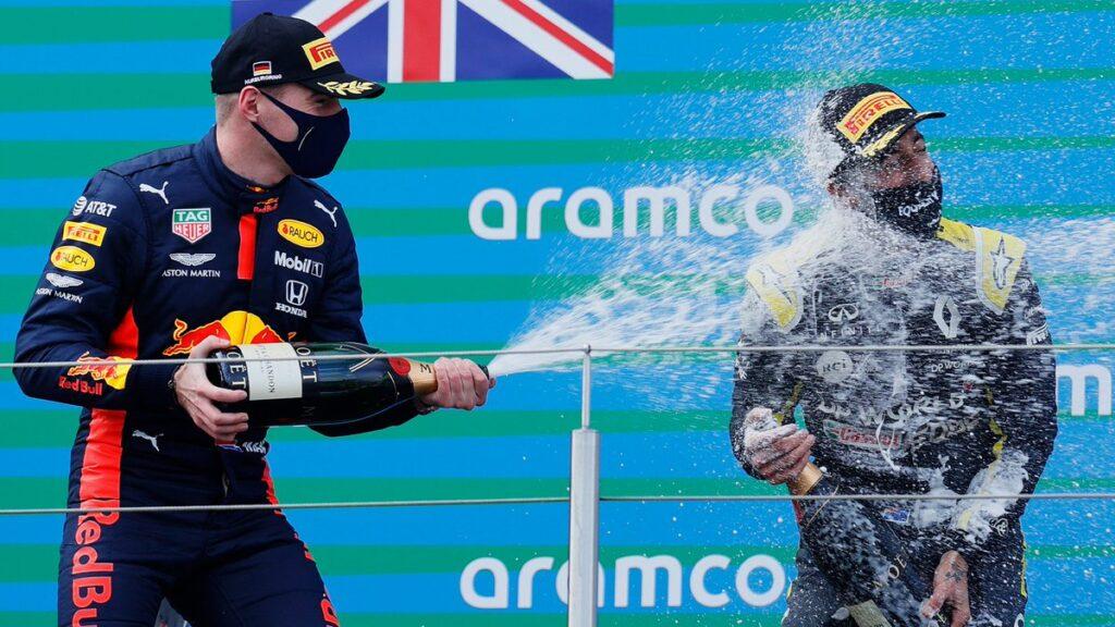 """F1   Red Bull, Max Verstappen: """"Soddisfatto, ma continueremo a sfidare le Mercedes"""""""
