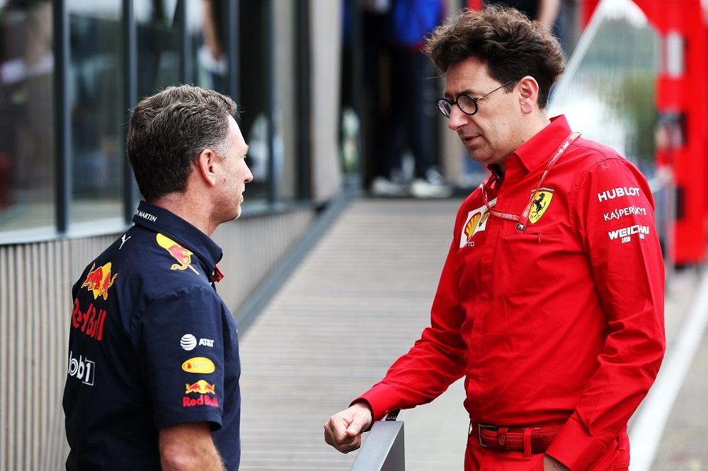 F1 | Red Bull chiede il congelamento dei motori, la Ferrari si oppone: in arrivo una nuova guerra politica?