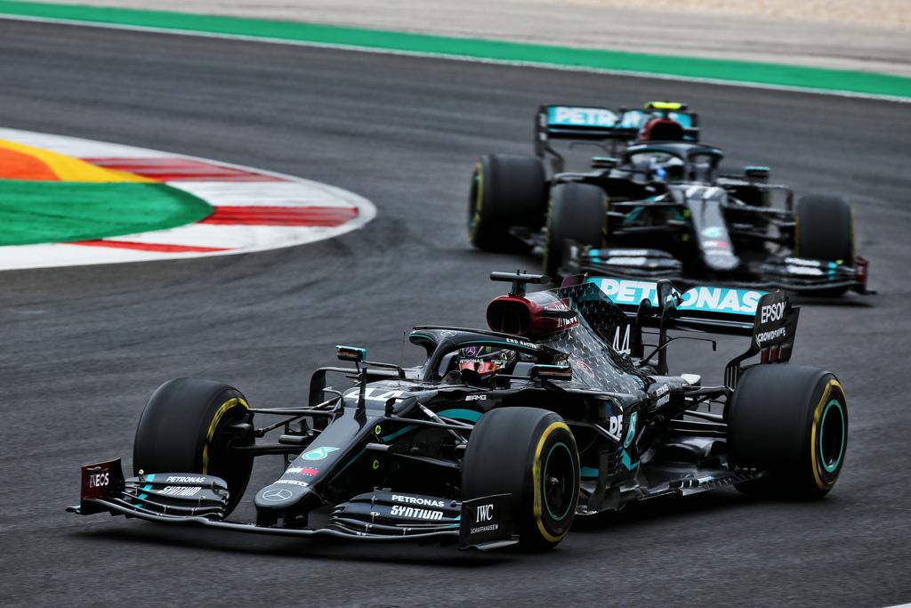F1 | GP Portogallo: capolavoro di Lewis Hamilton