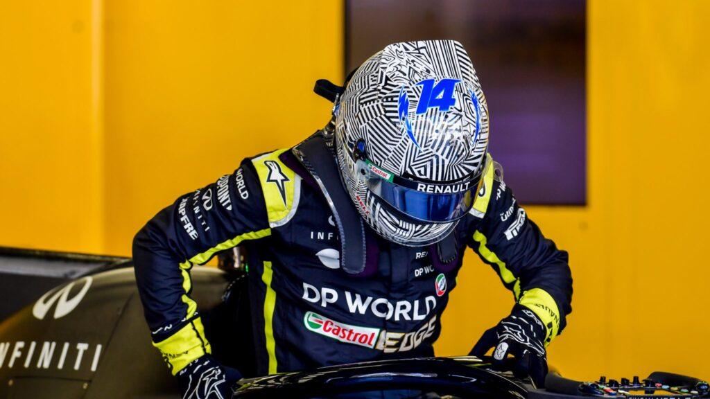 F1   Renault, Alonso completa 93 giri nel primo giorno di test in Bahrain