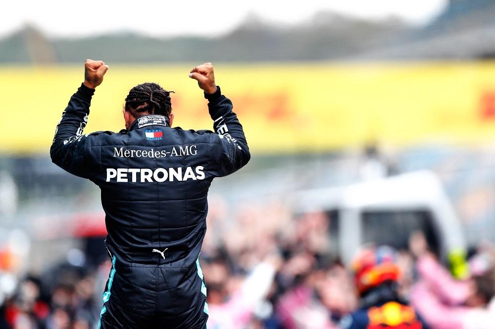 """F1   GP Turchia, Hamilton eguaglia i titoli di Schumi: """"Senza questo team non avrei vinto così tanto"""""""