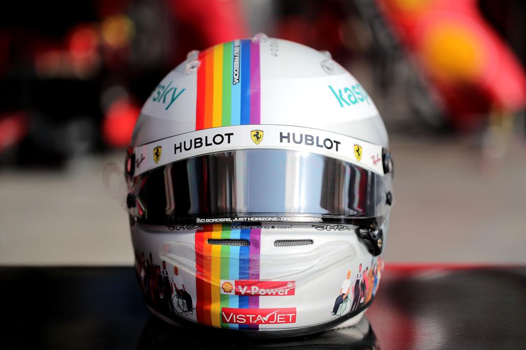 """F1   GP Turchia, Vettel sul casco che esalta la diversità: """"Posto giusto per lanciare questo messaggio"""""""