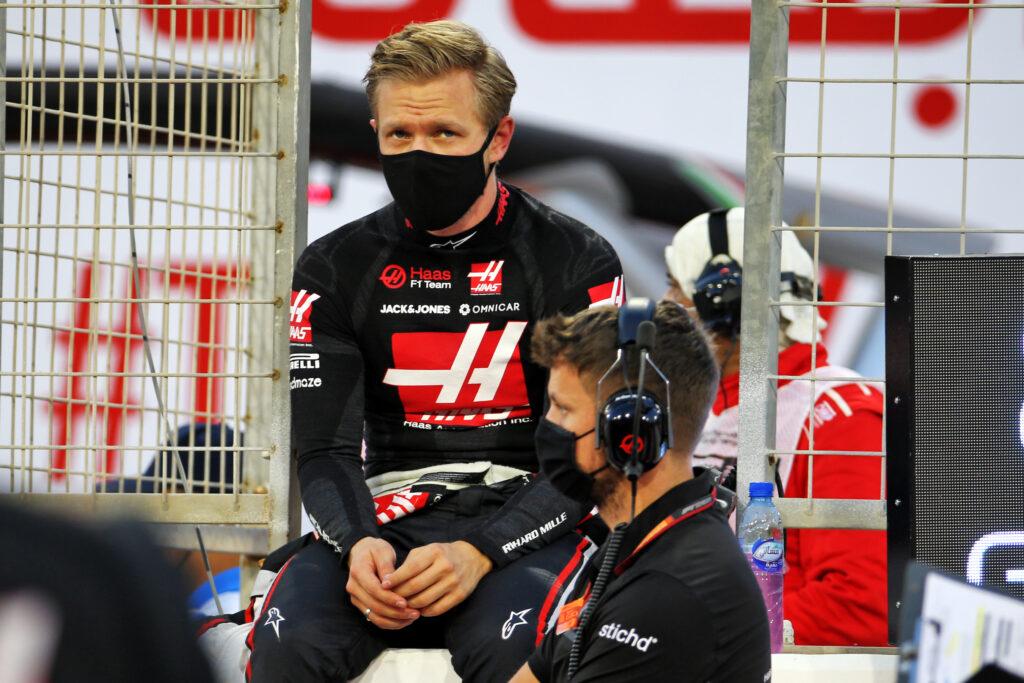 """F1   Haas, Kevin Magnussen senza parole: """"Sono felice che Romain sia ancora qui con noi"""""""