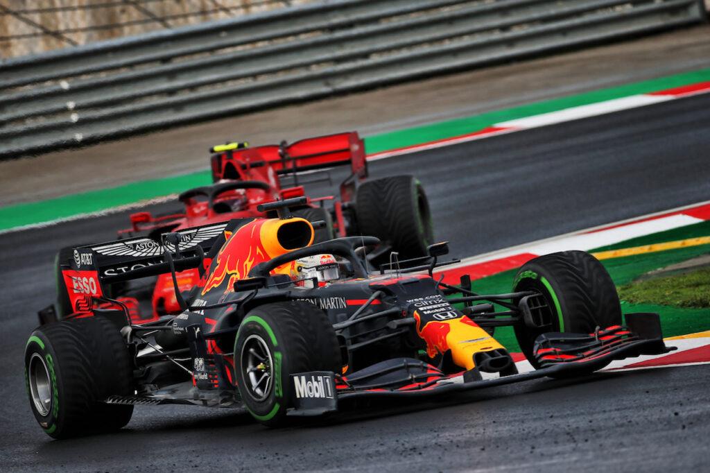 """F1   Verstappen risponde alle critiche post Turchia: """"Non hanno idea di cosa succede in pista"""""""