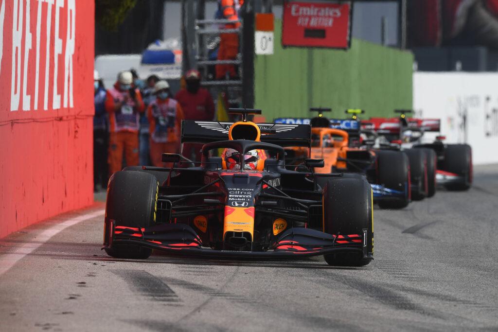 """F1   Doornbos concorda con Verstappen: """"Red Bull non si giocherà il titolo nel 2021"""""""