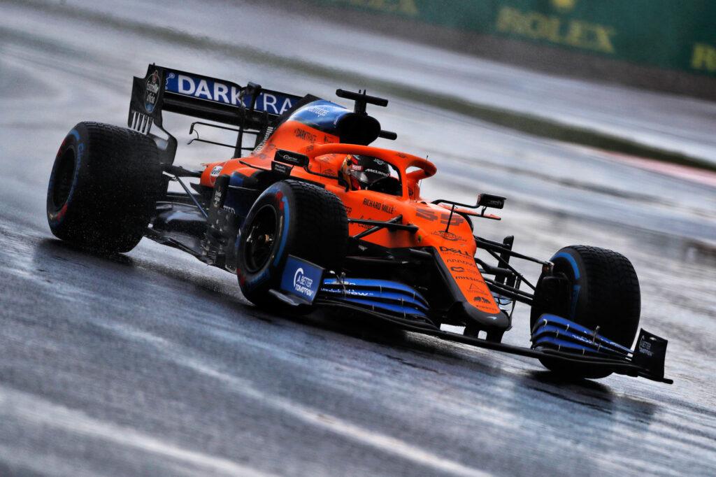 "F1 | Sainz carica la McLaren: ""Bahrain appuntamento cruciale"""