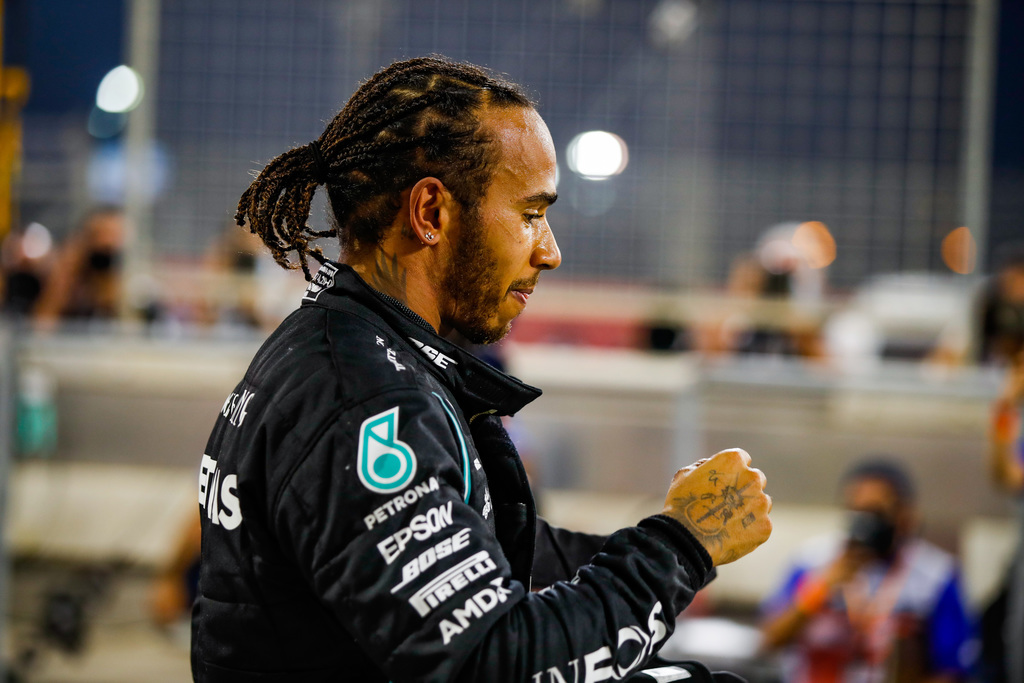 """F1   Hamilton: """"Mi dispiace non poter correre questo weekend"""""""