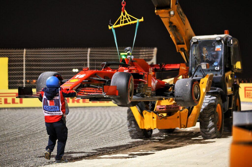 F1   GP Sakhir, Leclerc penalizzato per l'incidente al via