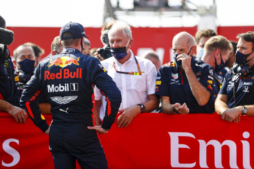 "F1 | Red Bull, Helmut Marko: ""Verstappen e Perez partiranno alla pari"""