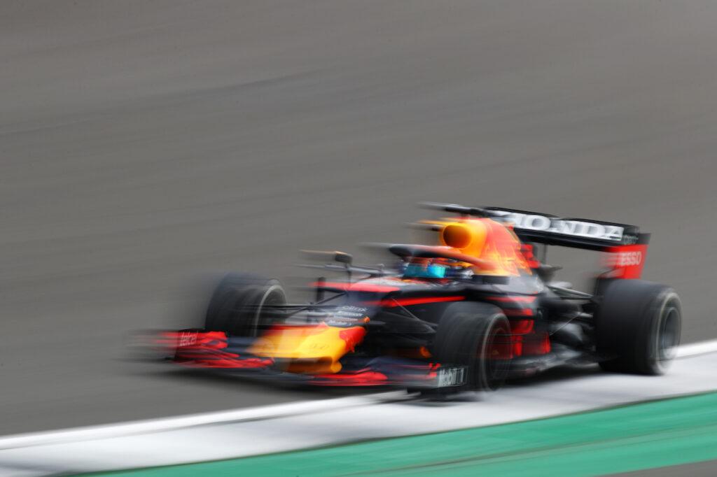 """Formula 1   Albon al volante della RB16B: """"Bello tornare a provare certe emozioni"""""""