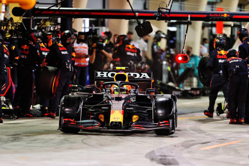 F1 | Red Bull, Sergio Perez dal quasi ritiro al quinto posto