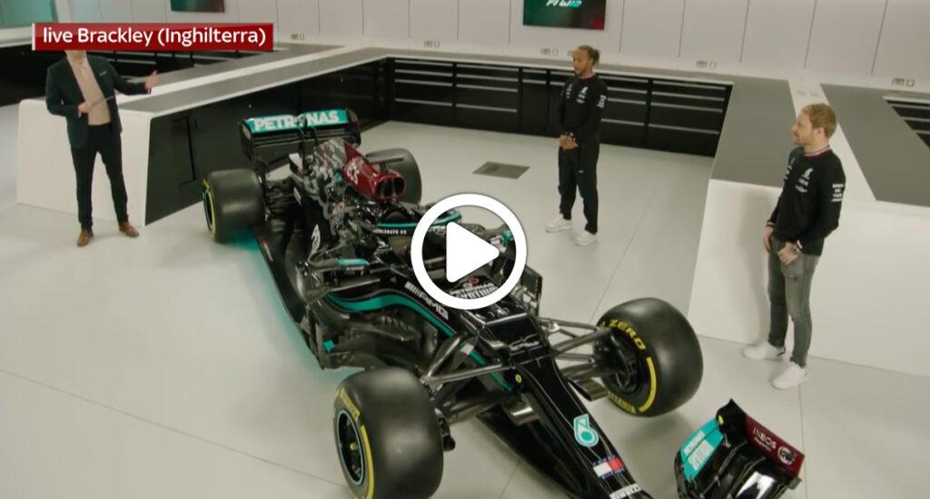Formula 1 | Mercedes, svelata a Brackley la nuova W12 di Hamilton e Bottas [VIDEO]