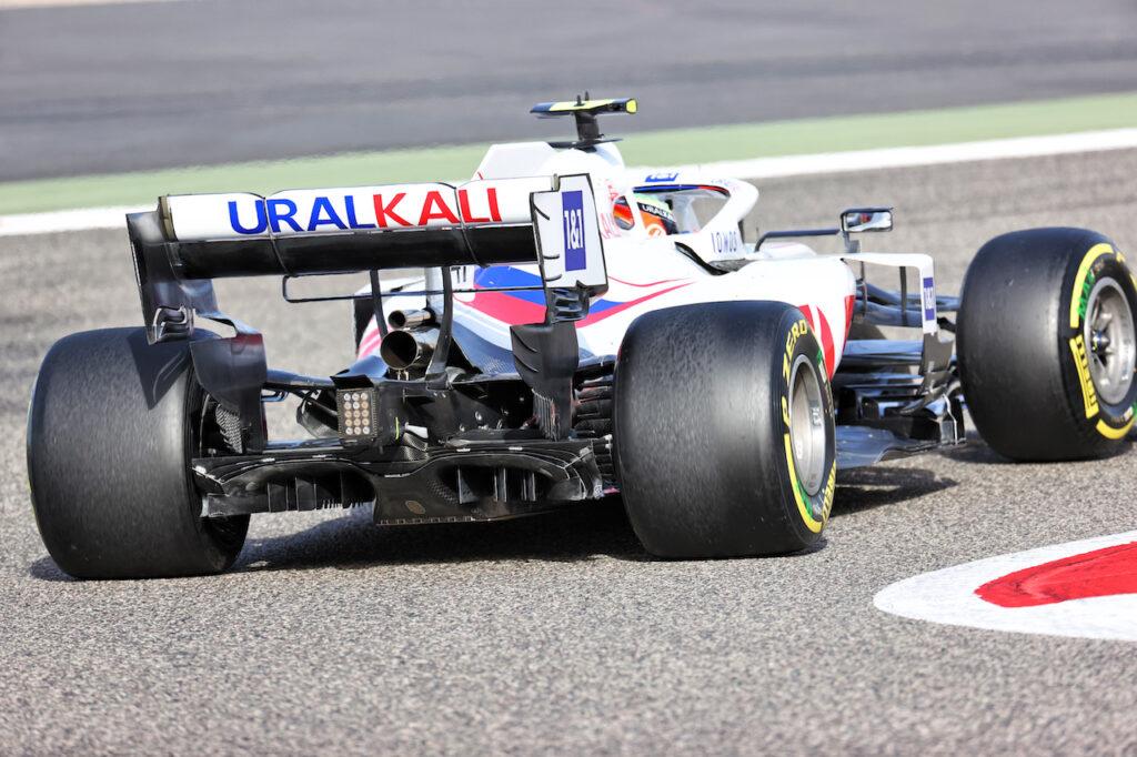 F1 | Steiner promuove la nuova power unit della Ferrari