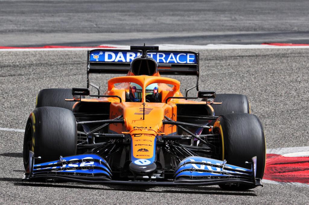 """F1   Ricciardo sulla MCL35M: """"Devo ancora adattarmi alla frenata"""""""