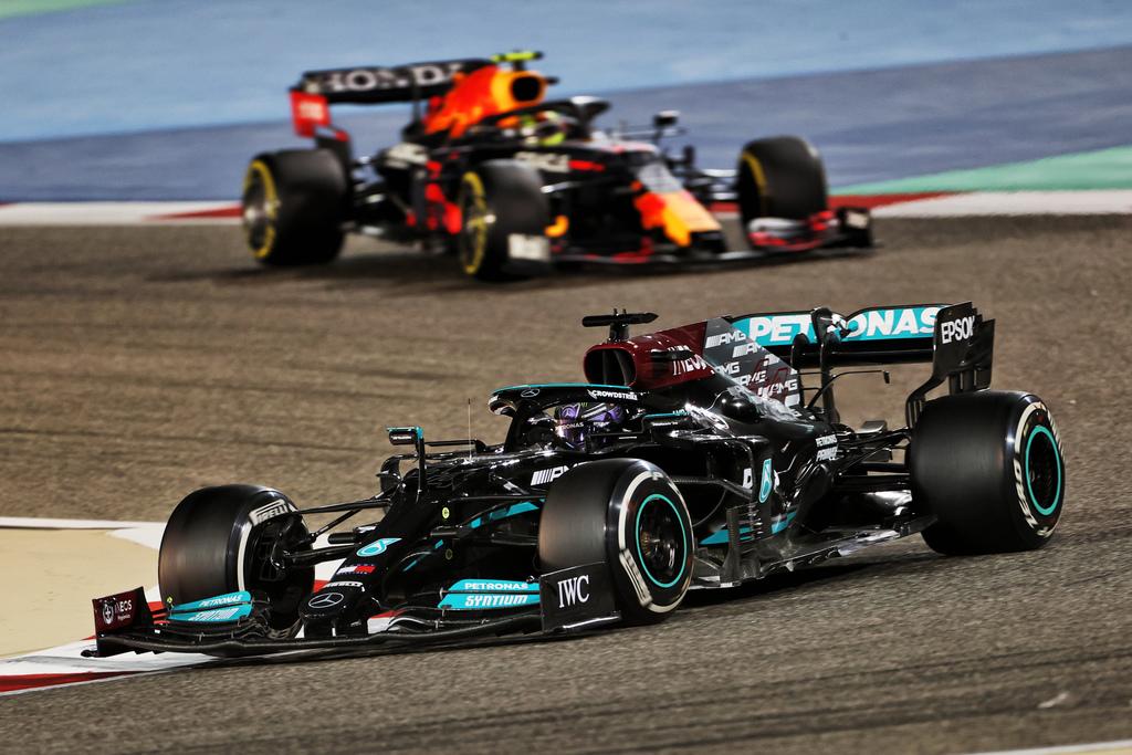 F1 | GP Bahrain: vittoria di Lewis Hamilton