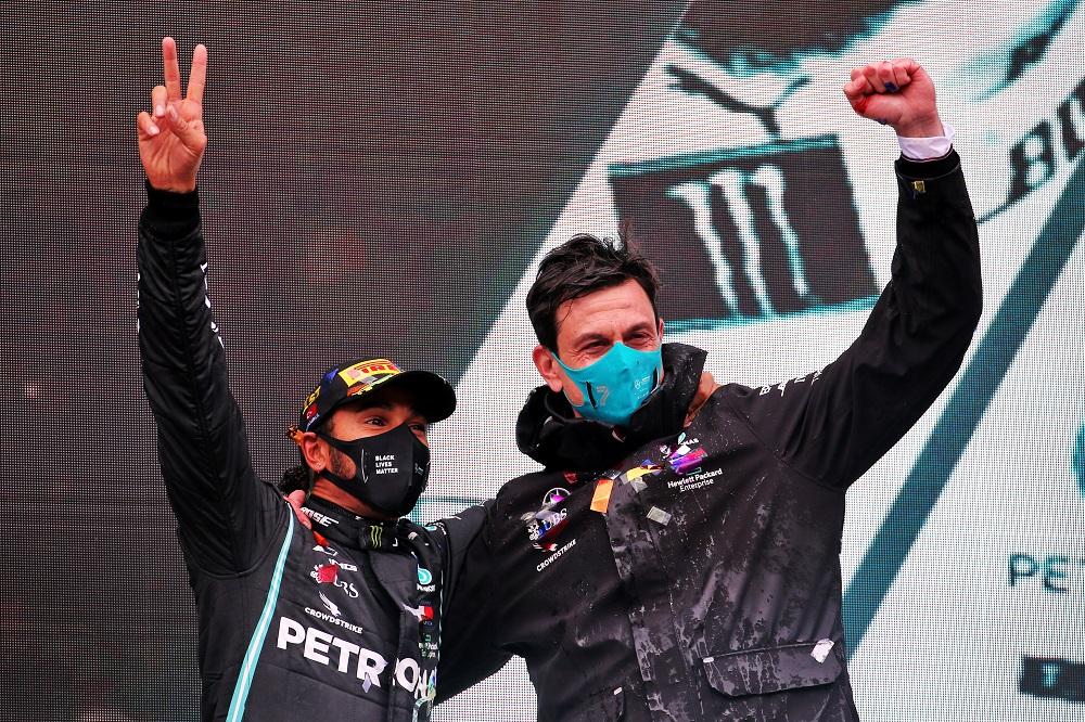 F1   Mercedes, Wolff si augura che Hamilton rinnovi il contratto