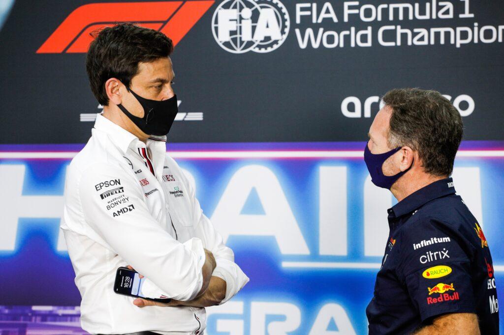 """F1   Horner non cede alle provocazioni di Wolff: """"Vuole solo metterci pressione"""""""