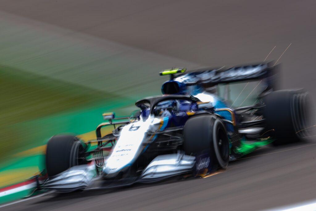 F1   La Williams stupisce a Imola, Latifi dodicesimo nelle libere