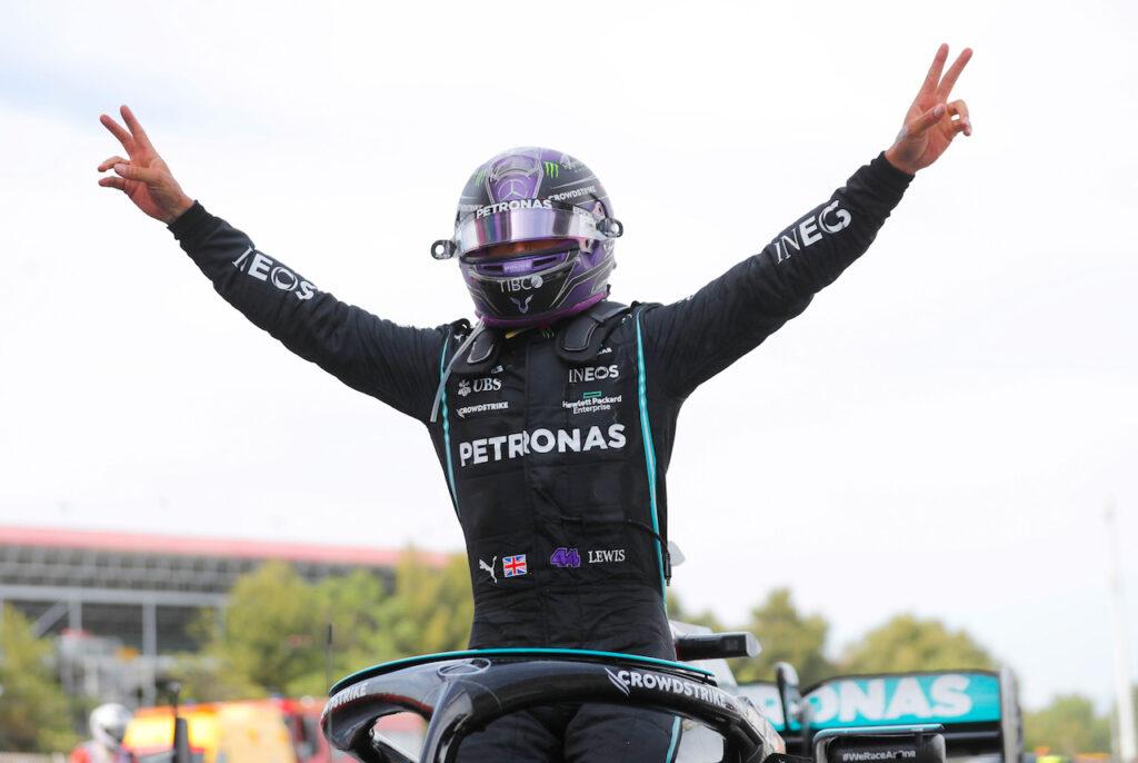 F1   Mercedes, Wolff vuole evitare lunghi negoziati per il rinnovo di Hamilton