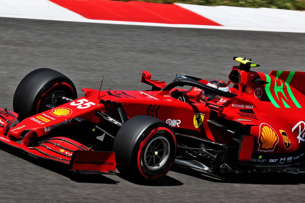 """F1   Ferrari, Carlos Sainz è quinto: """"Il nostro approccio sta funzionando"""""""