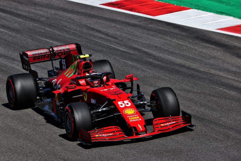 """F1   Binotto spiega la strategia su Sainz: """"Ultimo tentativo in Q2 con le rosse per non rischiare"""""""