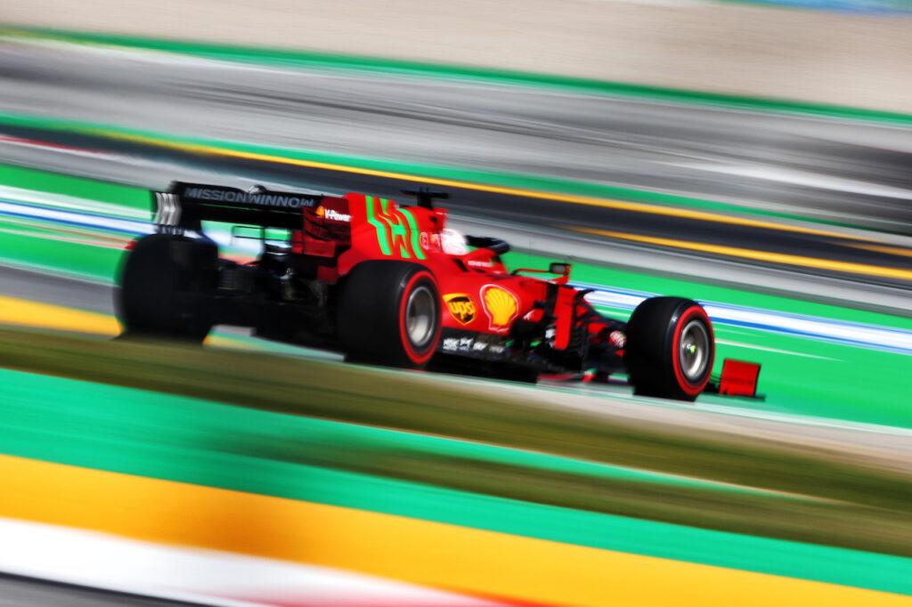 F1   Ferrari, soddisfazione per i risultati di Leclerc e Sainz dopo le qualifiche in Spagna