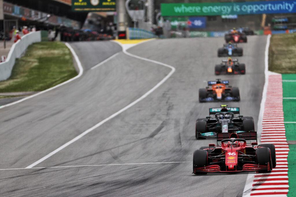 """F1   Schmidt non ha dubbi: """"Ferrari staccherà il centro gruppo nelle prossime gare"""""""