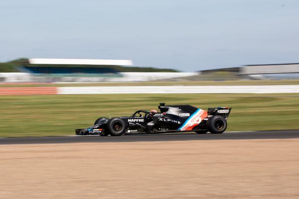 Formula 1 | Lundgaard in pista con la RS18 a Silverstone