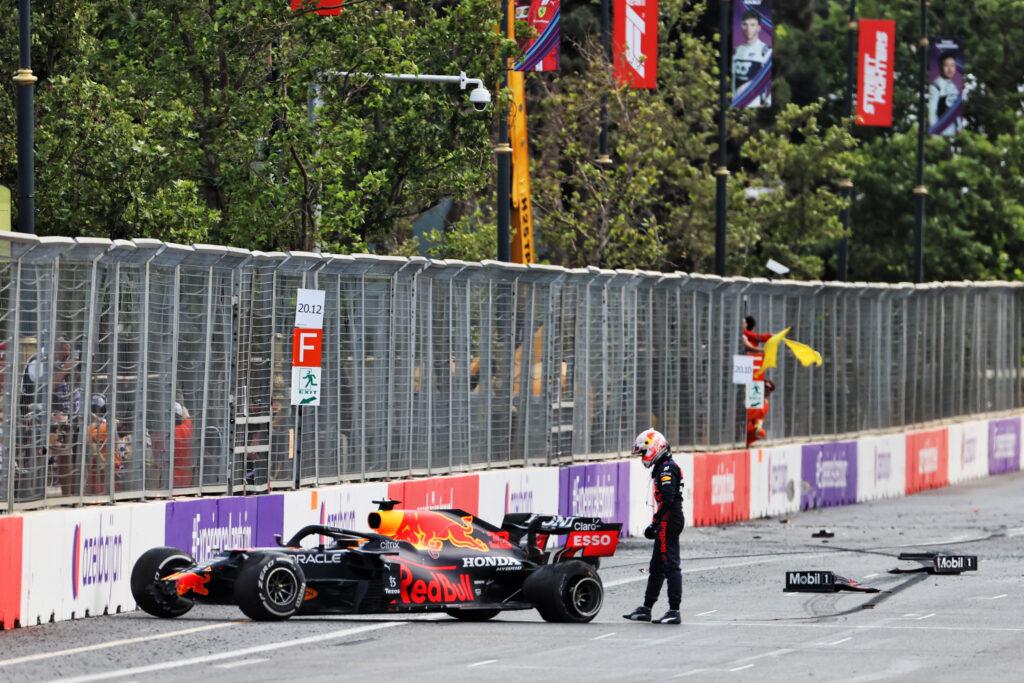F1 | Hamilton – Verstappen, per il titolo ci si affida alla fortuna