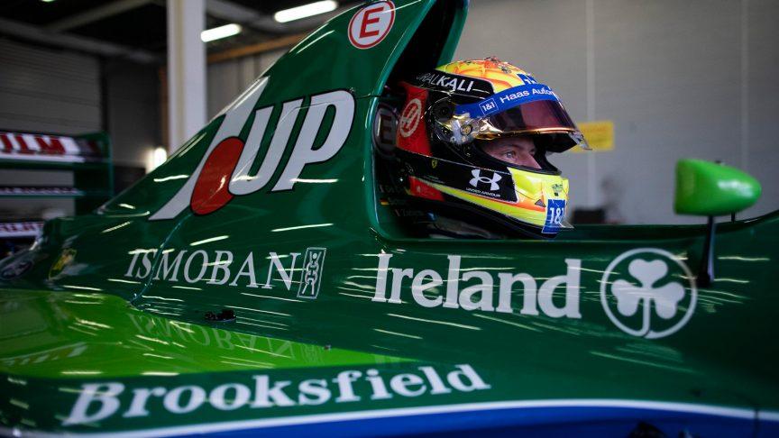 F1   Mick Schumacher in pista a Silverstone con la Jordan di papà Michael