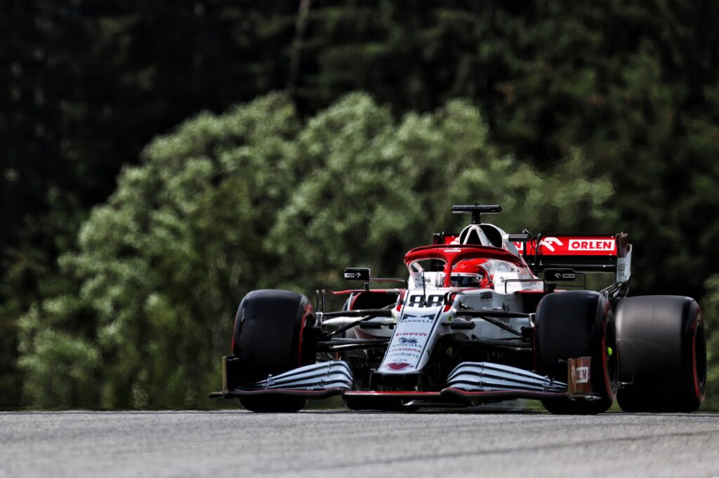 F1   Alfa Romeo, Kubica in pista nelle FP1 all'Hungaroring