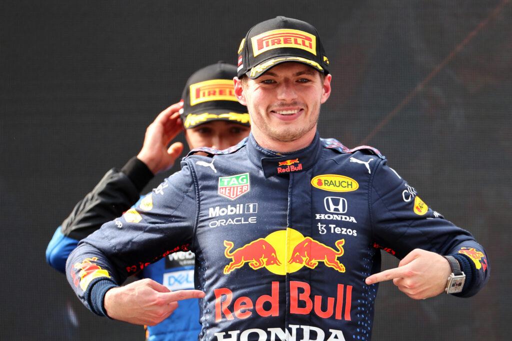 "F1 | Red Bull, Max Verstappen raddoppia: ""Che weekend incredibile!"""