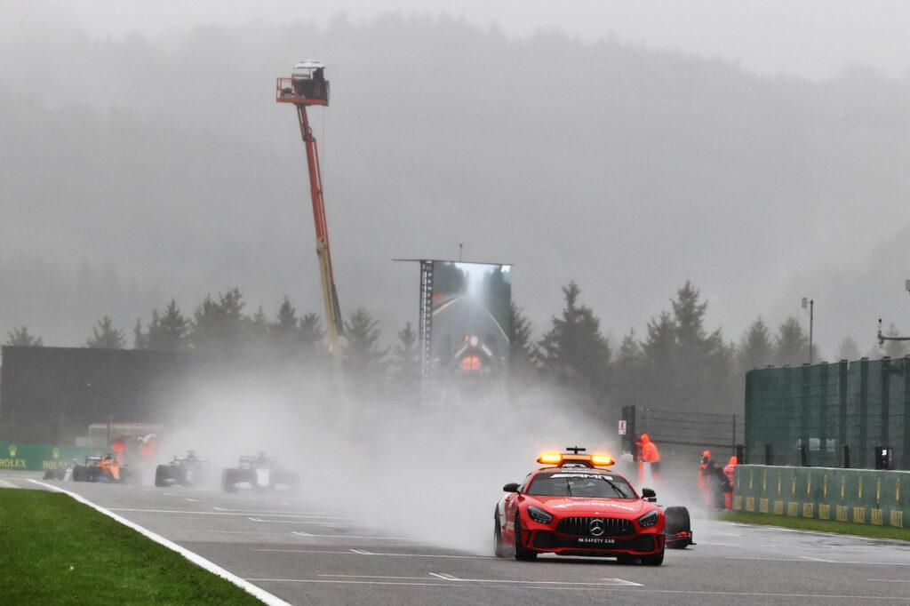 F1 | Caos GP Belgio, FIA e Formula 1 si riuniranno per modificare i regolamenti