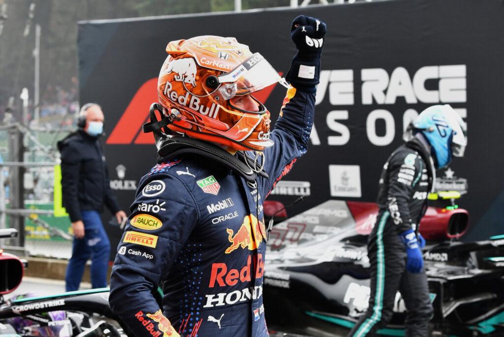 """F1   Red Bull, Max Verstappen conquista la pole: """"Non è stato facile, ma sono felice"""""""