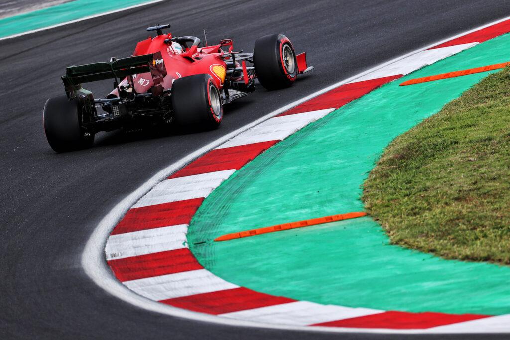"""F1   Leclerc """"aggancia"""" la seconda fila nelle qualifiche del GP di Turchia"""