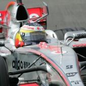 McLaren Mercedes: de la Rosa e Paffett al lavoro con la nuova elettronica