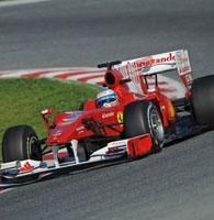 Ferrari: Alonso chiude i suoi test con una simulazione di gara