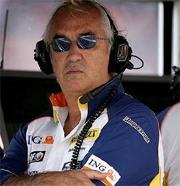 """Briatore: """"Le nuove regole tolgono credibilita' alla F1"""""""
