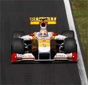 Ecclestone spera di vedere Alonso in Ferrari a Valencia
