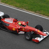 Ferrari: altra simulazione di gara per la F10