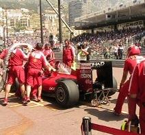 Ferrari: Approfondimento sulla squadra, l'alimentazione