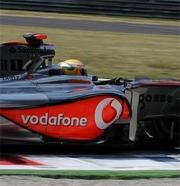 McLaren: Kovalainen sesto, Hamilton a muro all'ultimo giro