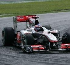 Ferrari, Sauber, Williams e Mercedes cercano di copiare la McLaren